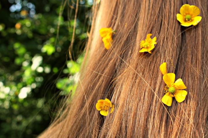 Flowersinhair